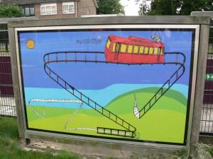 8 panelen uit de serie , U bevindt zich hier, langs het verdiepte spoor